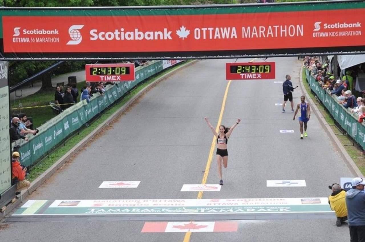 Triunfa maratonista lagunera en Canadá