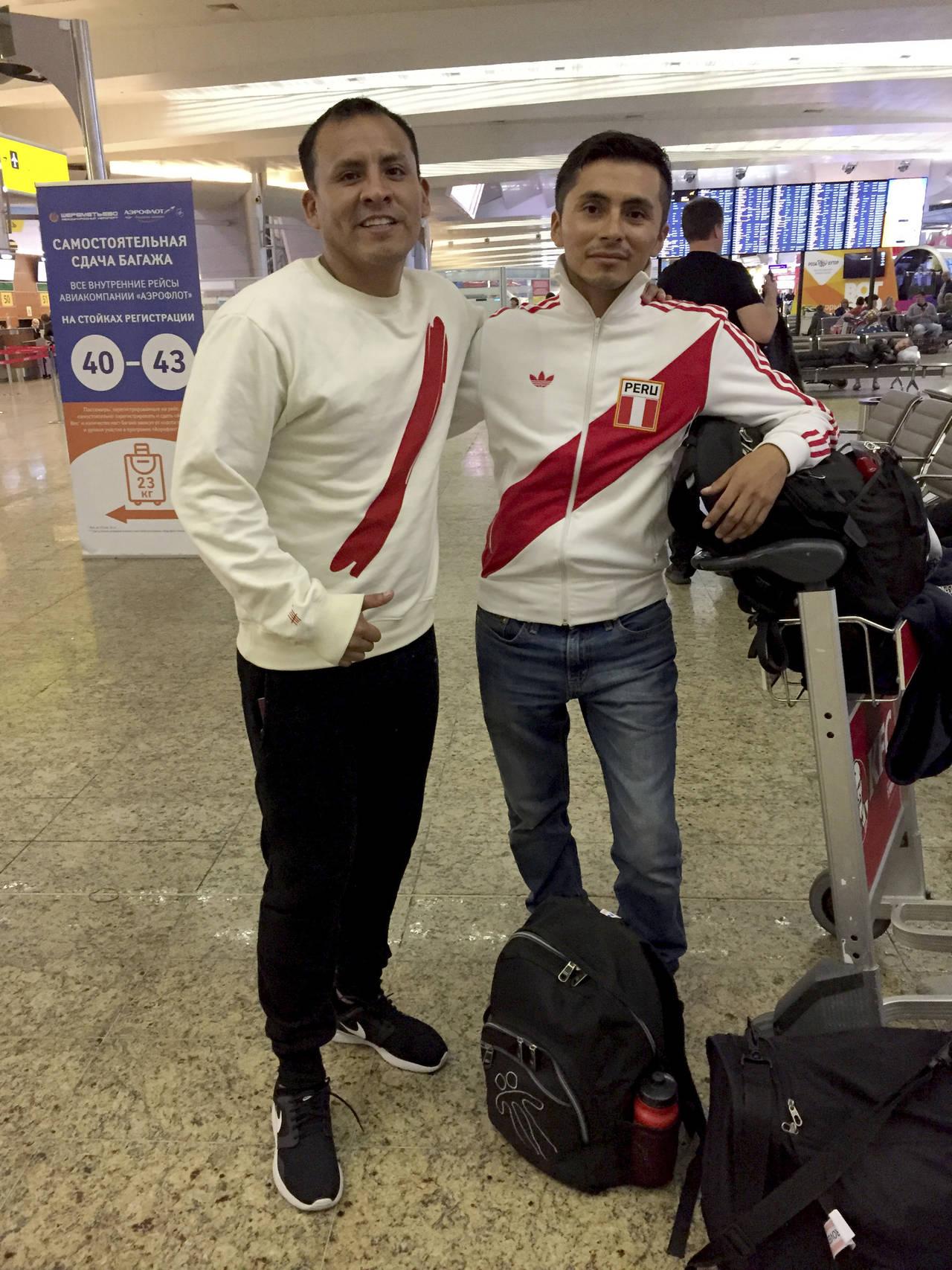 Peruano trabaja en EUA para poder ir al Mundial