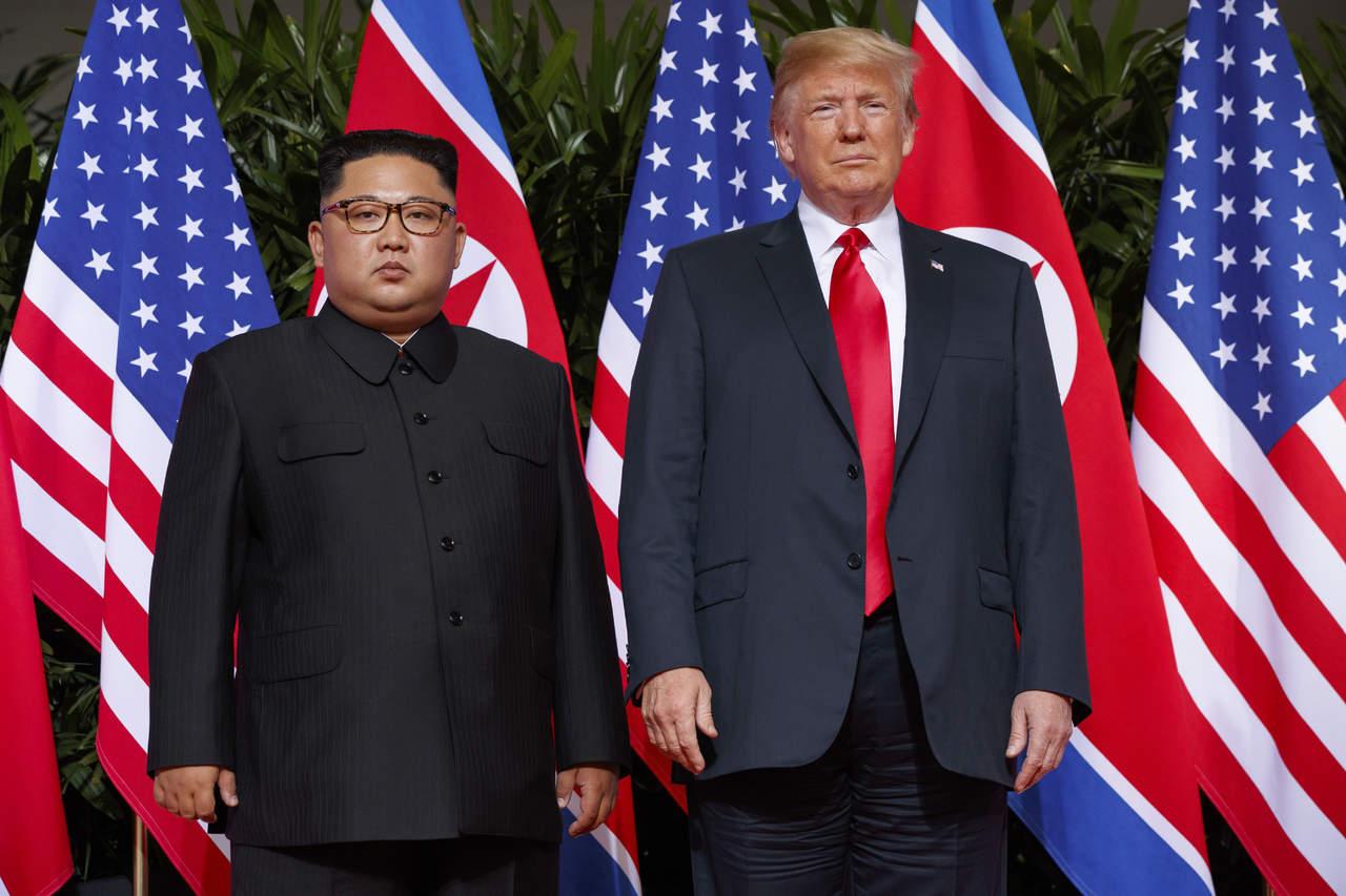 Kim y Trump dan paso hacia la paz