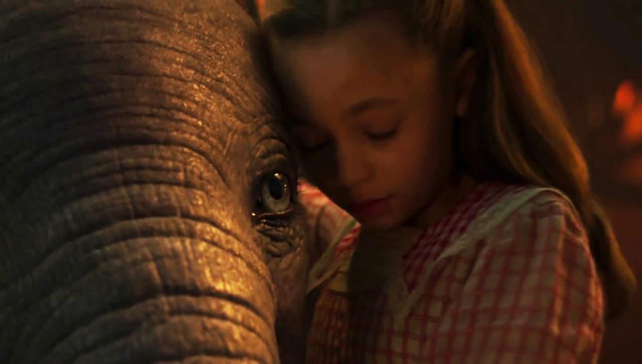 Tim Burton comparte el primer tráiler de Dumbo