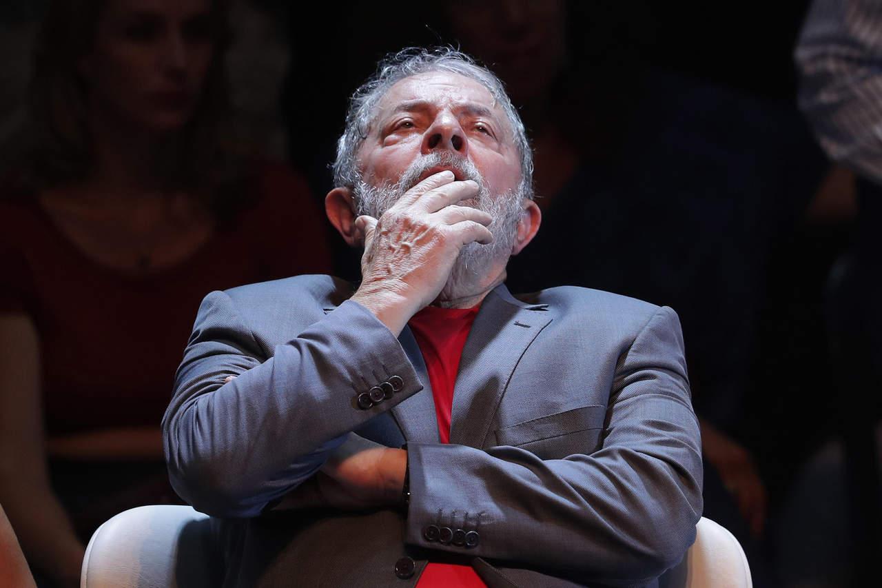 A cuatro años, corrupción sigue manchando Brasil 2014