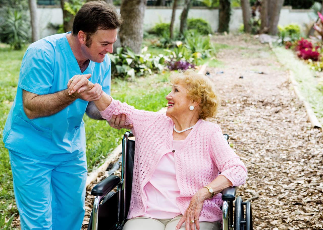 Estudios sobre Alzheimer deben considerar particularidades del paciente