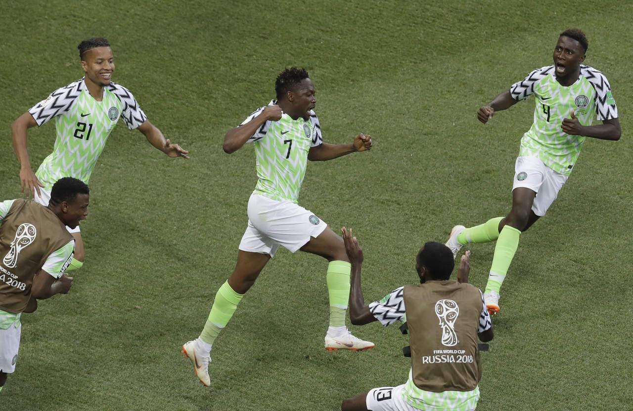 nigeria con vida tras ante islandia