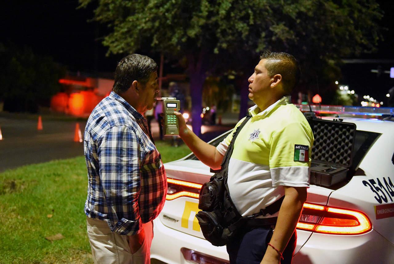 Detiene Tránsito de Torreón a 29 ebrios en el alcoholímetro