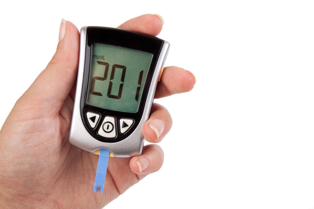 Desarrollan nuevo dispositivo para medir la glucosa sin dolor