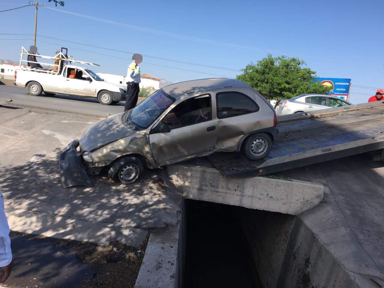 Accidente en el periférico de Torreón deja un lesionado