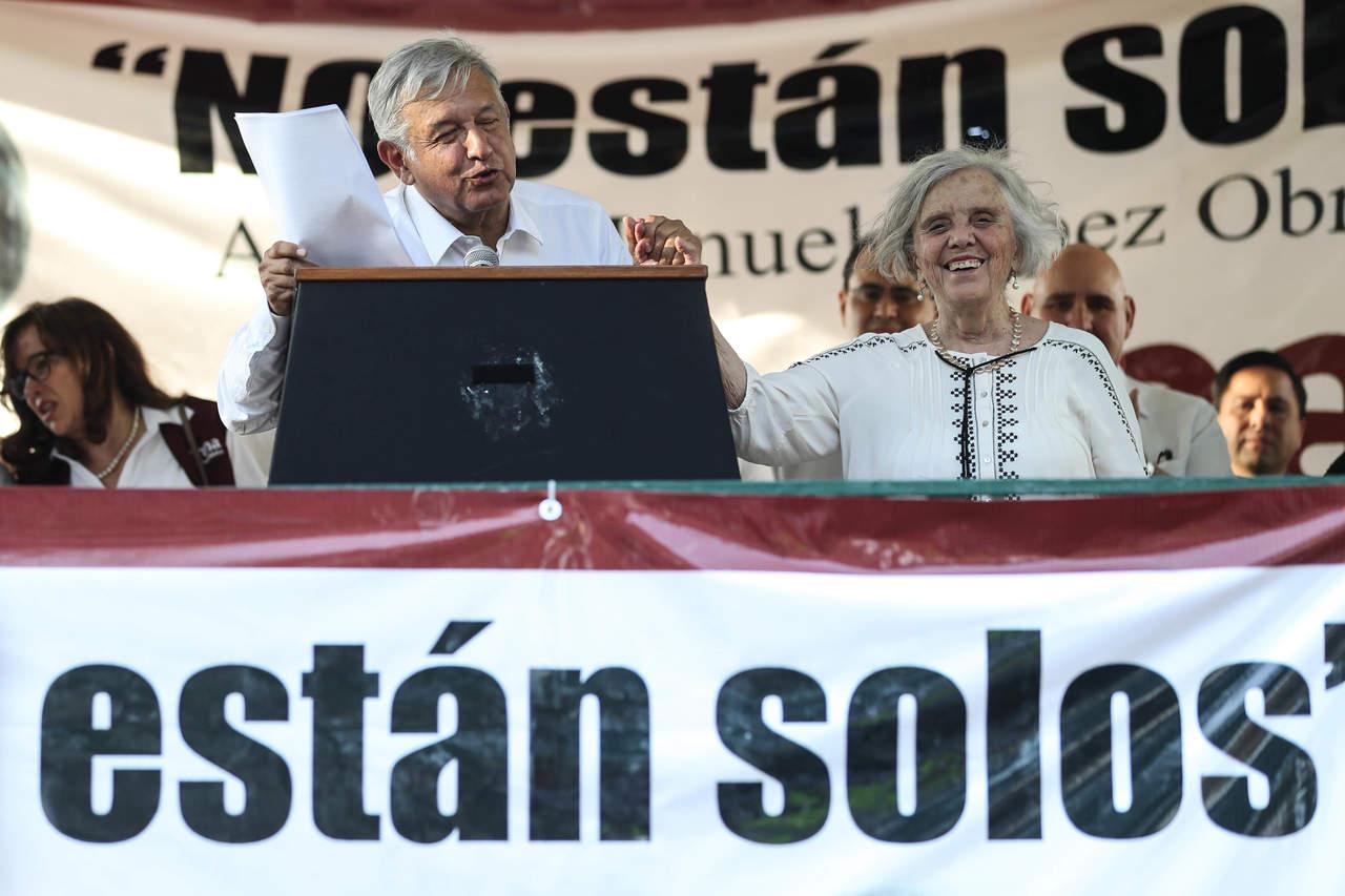 Poniatowska acude a encuentro con López Obrador