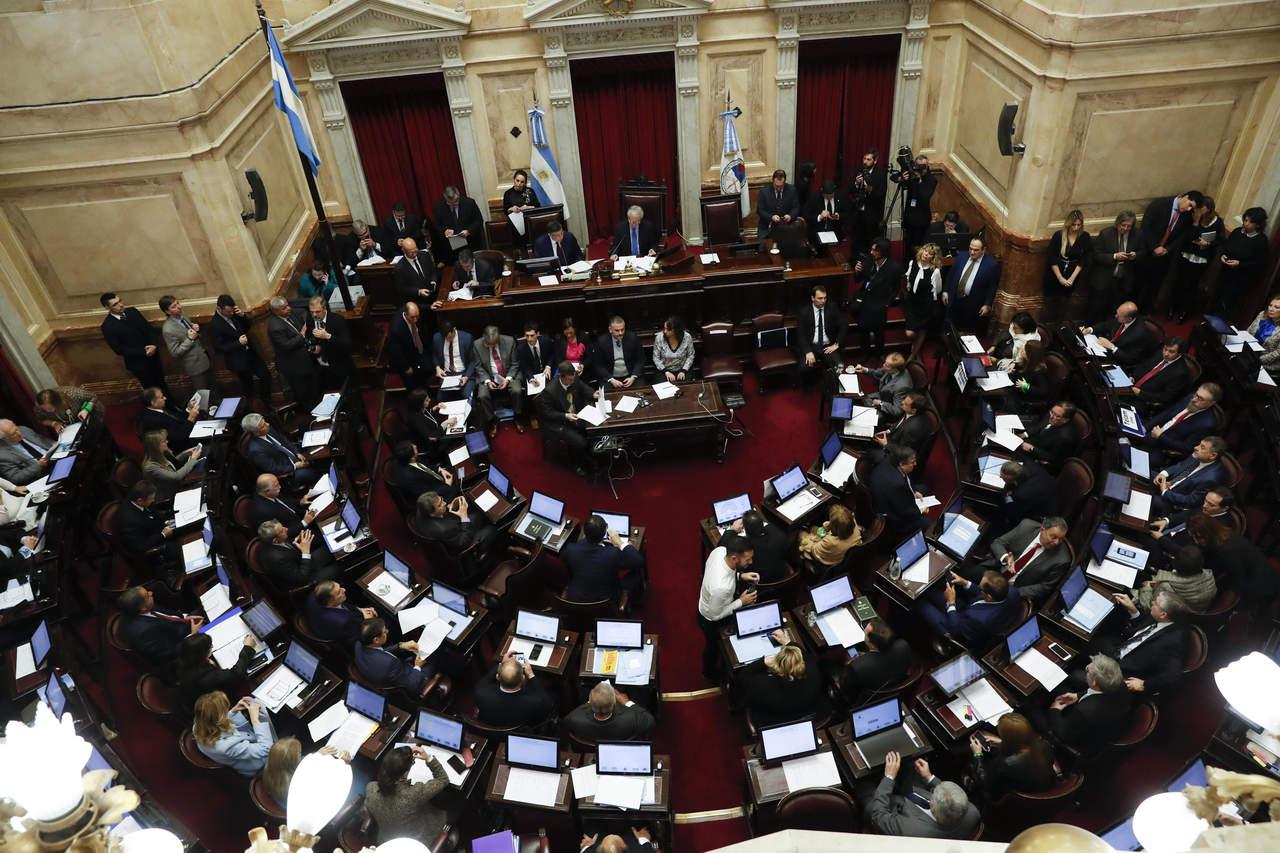 Rechaza Senado de Argentina despenalizar el aborto