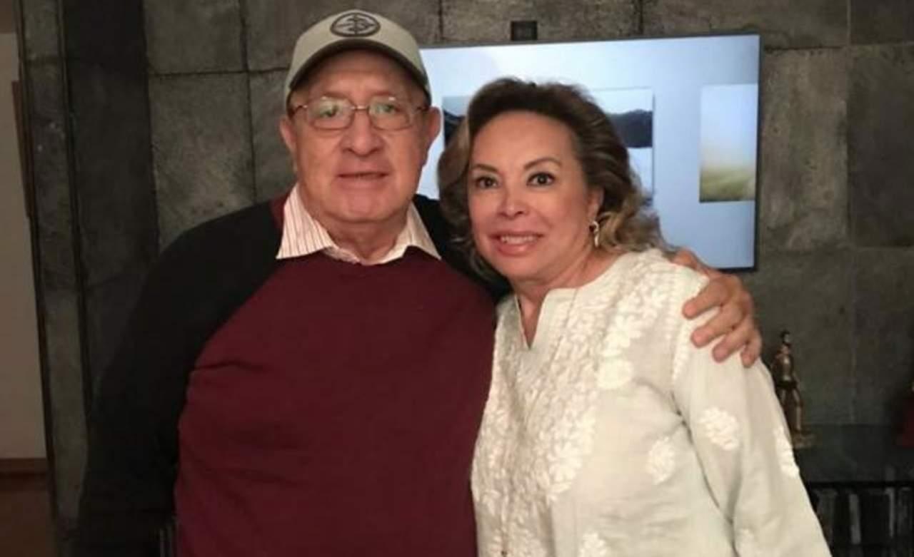 Elba Esther vence a Peña Nieto