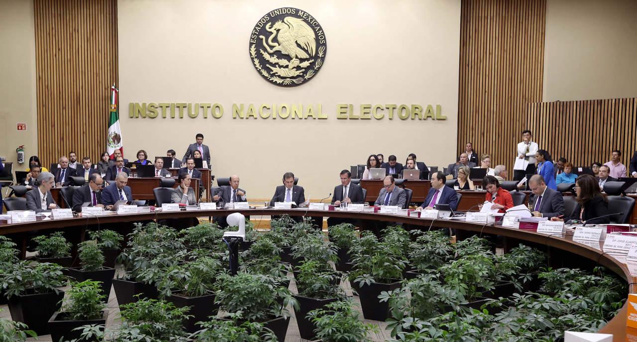 Deberá INE posponer pérdida de registro de partidos