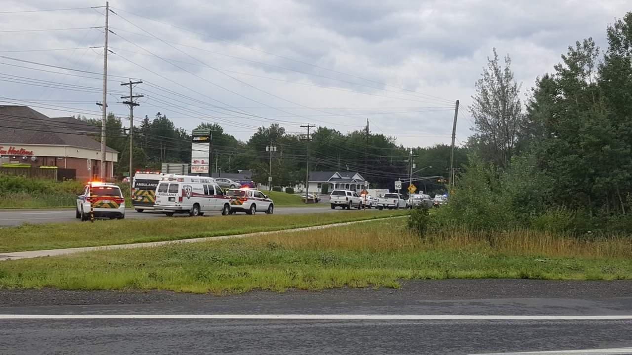 Policías, dos víctimas de tiroteo en Canadá; detienen a sospechoso