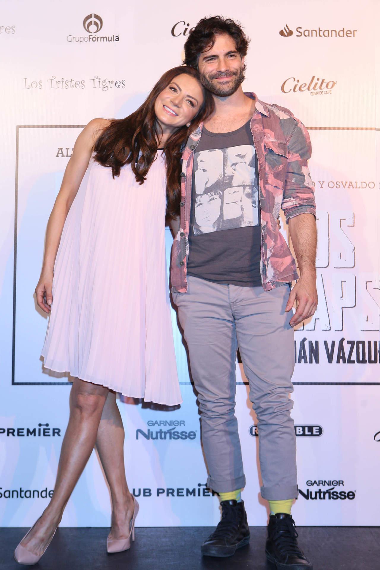 Silvia Navarro y Osvaldo Benavides estrenan obra de teatro