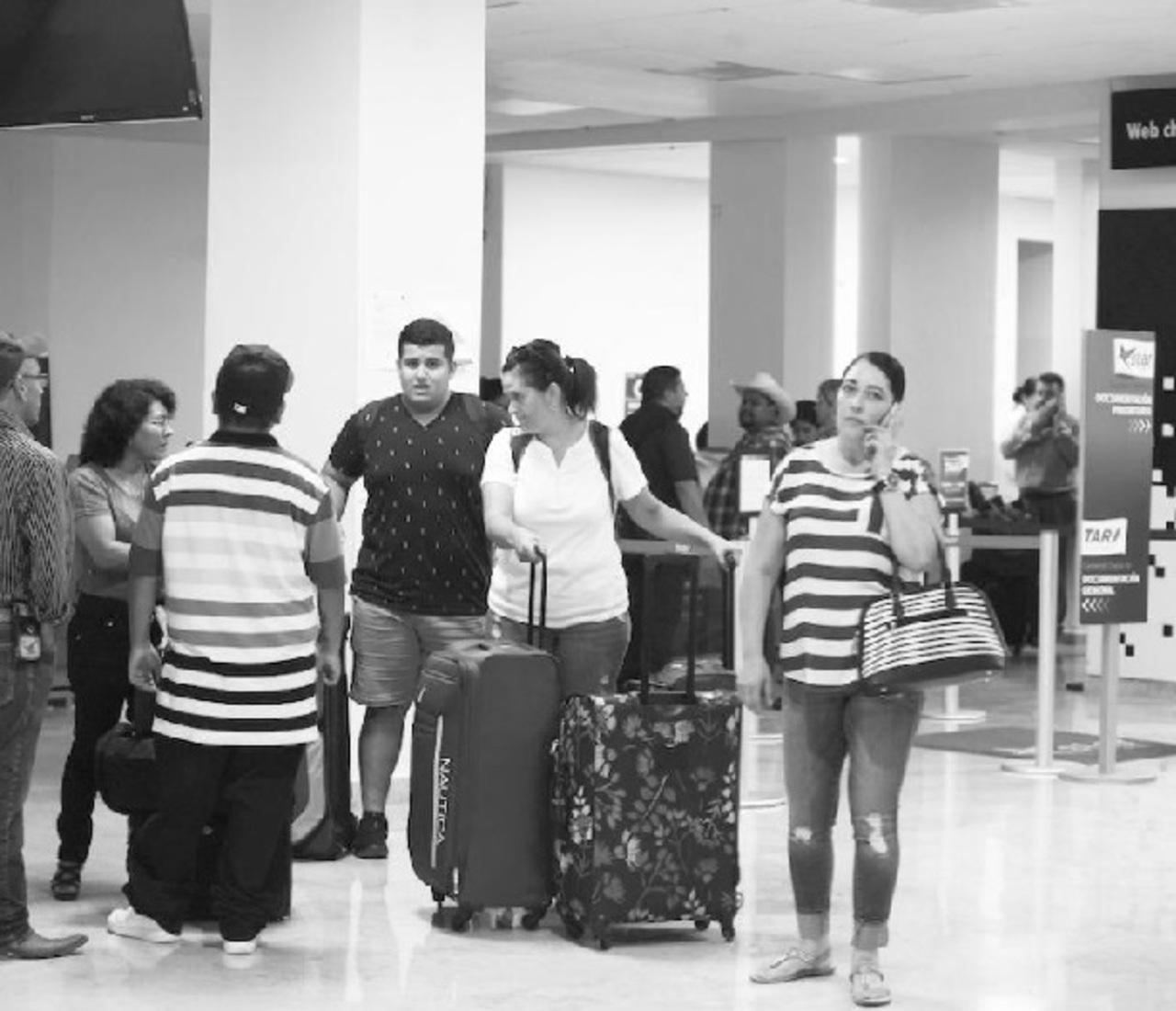 Abrirán vuelos temporales a Tijuana