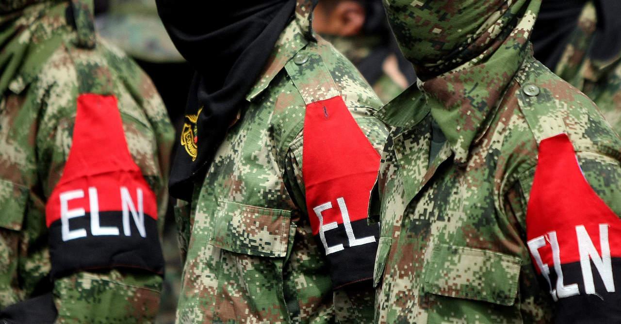 ELN libera a tres policías, un militar y dos civiles secuestrados
