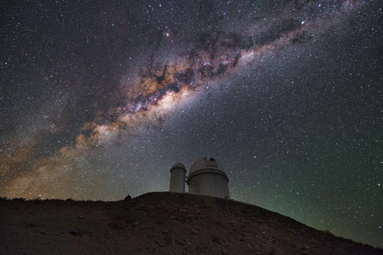 Vía Láctea sufrió impacto que alteró las órbitas de sus estrellas