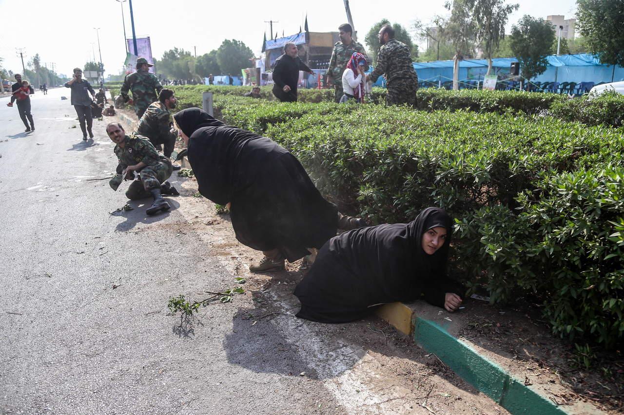 Irán convoca a representantes de tres países por atentado