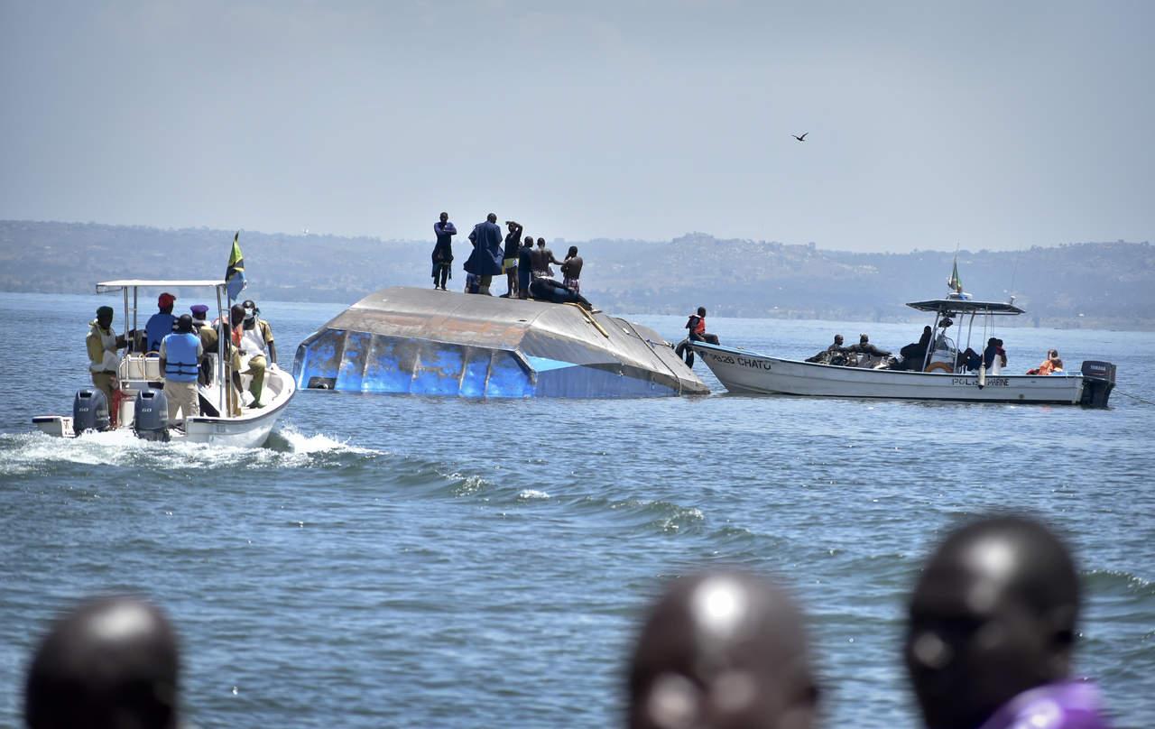 Suman 218 cuerpos rescatados tras hundimiento de ferry en Tanzania