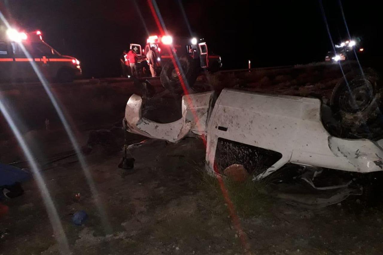 Mueren padre e hijo en accidente en carretera