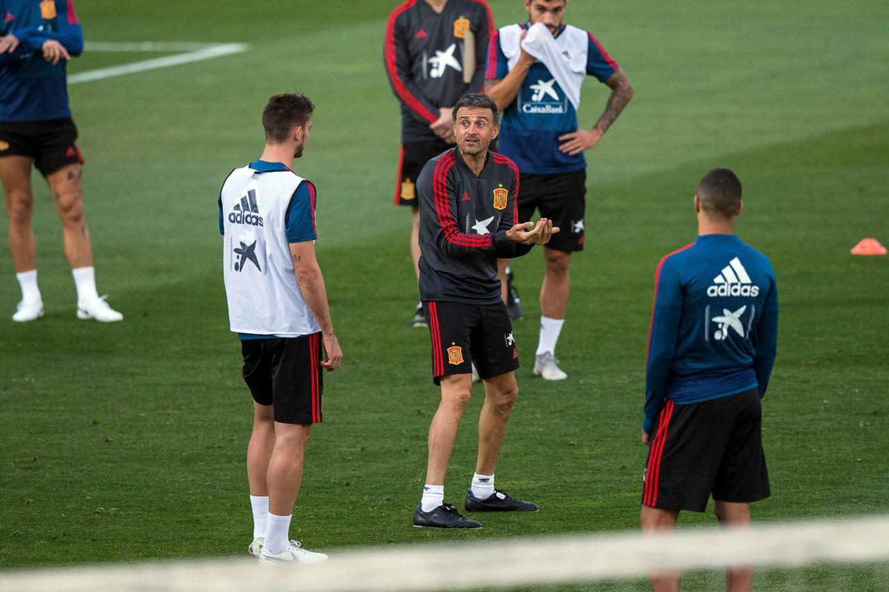 España se enfrenta a Gales en amistoso