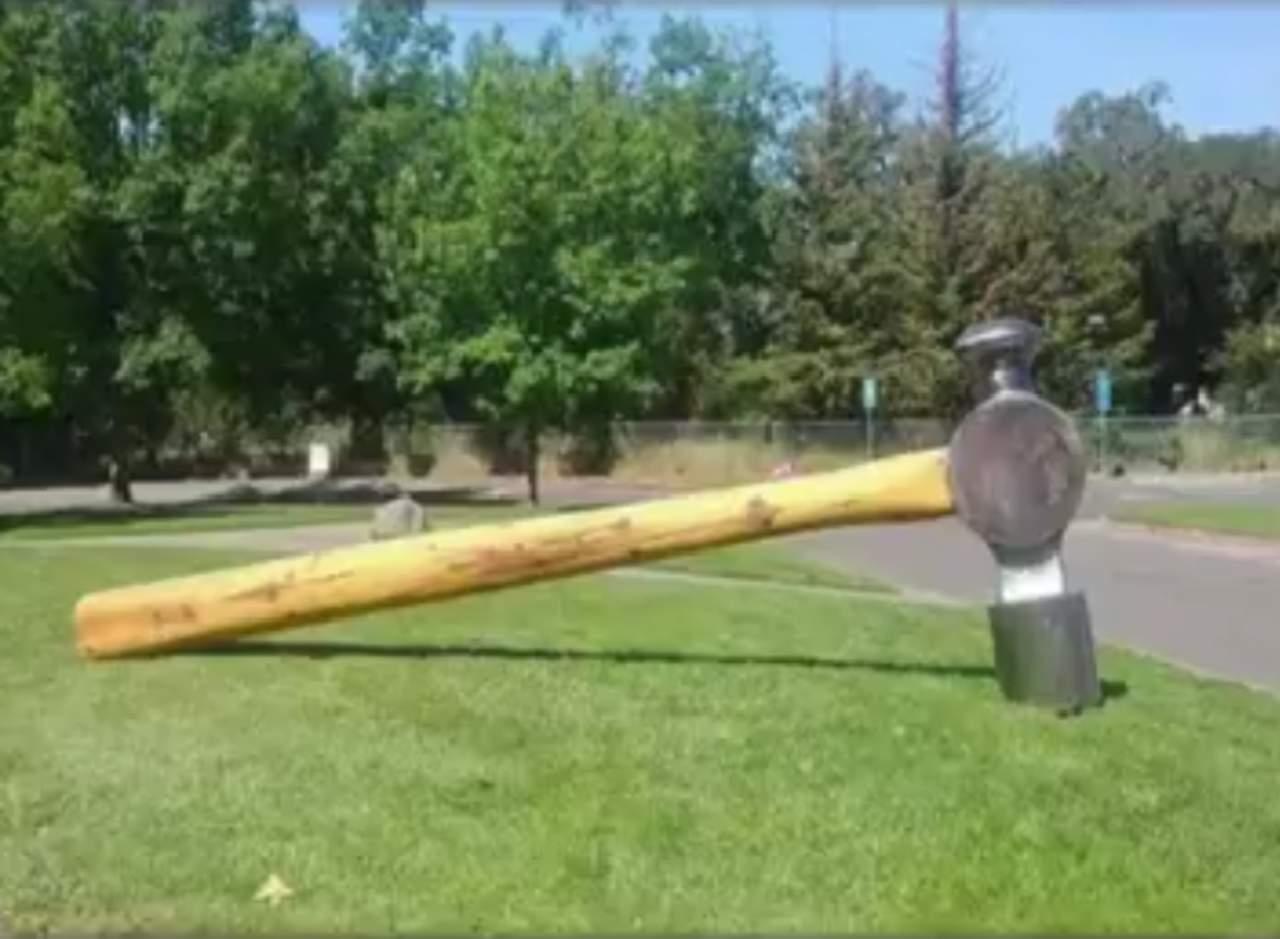 Robaron una escultura de 453 kilos y la pregunta es cómo