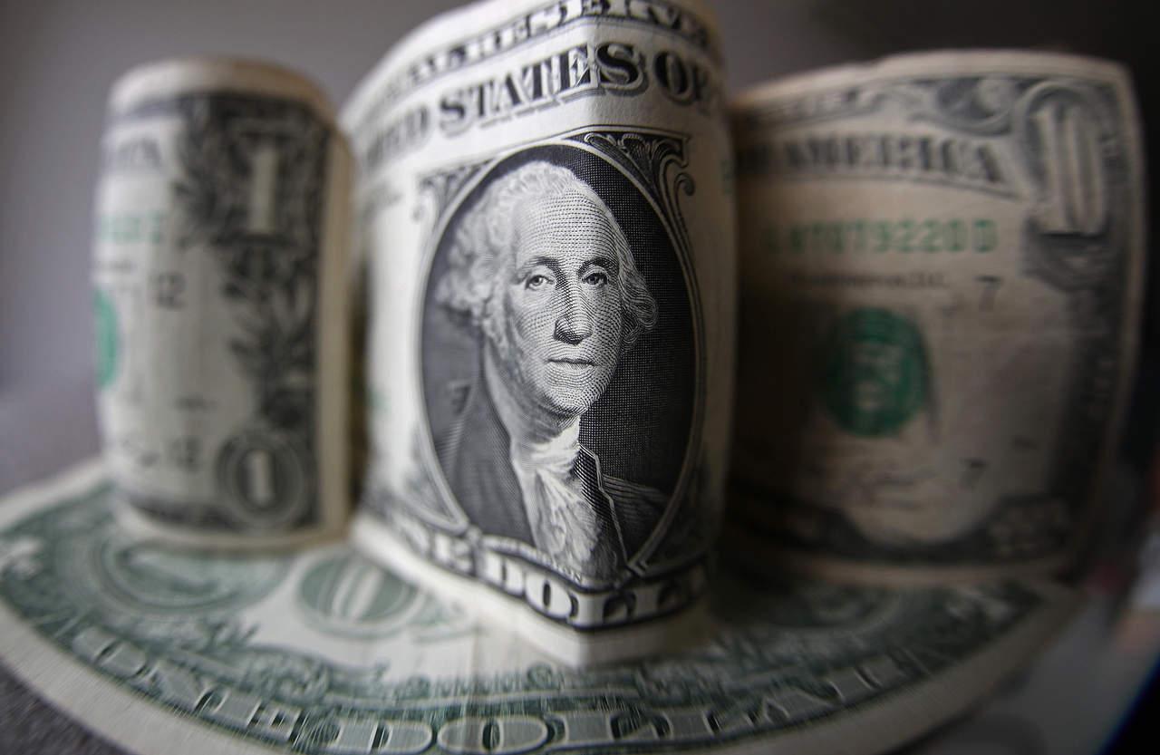 Dólar se vende hasta en 19.78 pesos