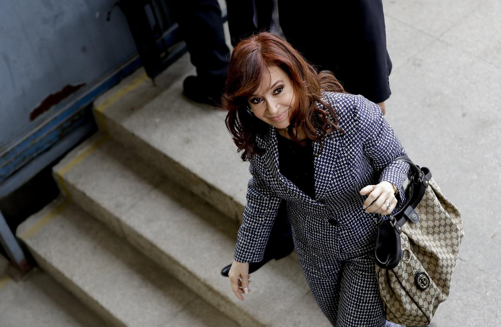 Marcarán juicios contra Cristina a las elecciones