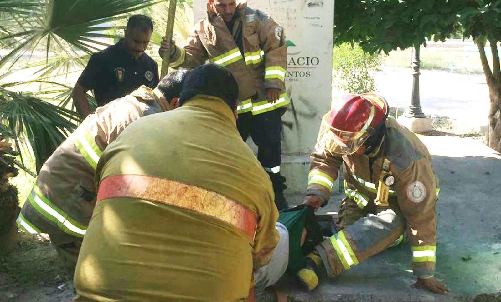 Lavacoches se ahoga en cisterna en Gómez Palacio