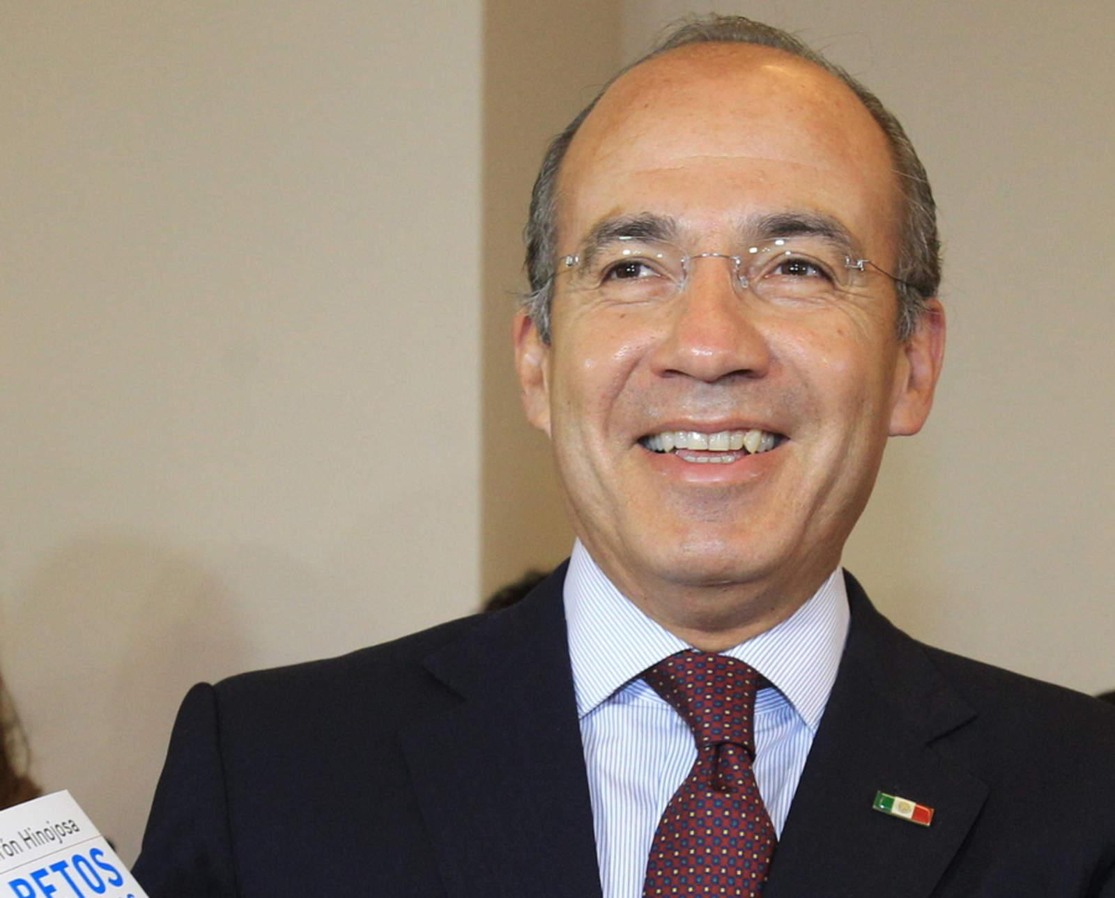 Felipe Calderón crearía nuevo partido político