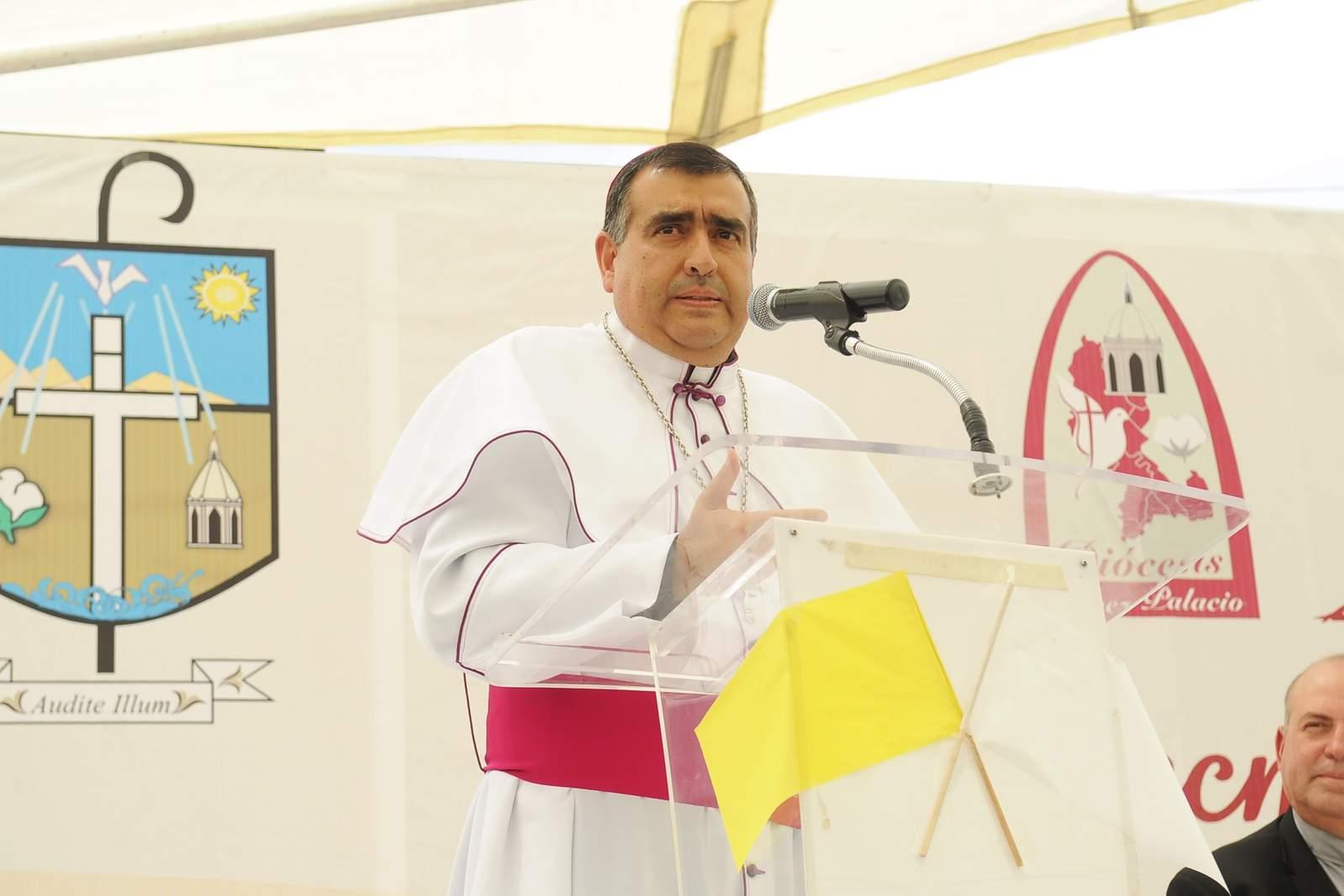 Invitan a fieles a despedir al obispo de Gómez Palacio