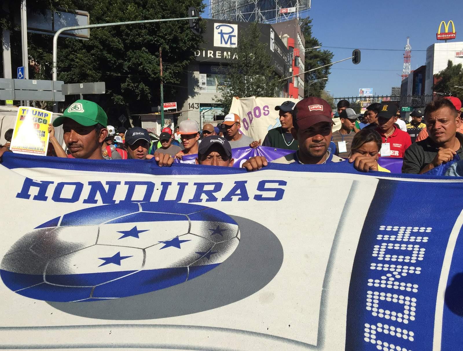 Caravana exige a ONU-DH autobuses para llegar EU