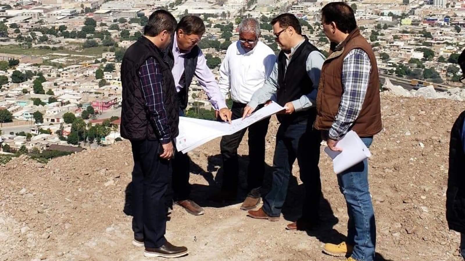 Previo a informe, Miguel Riquelme supervisa obras en Torreón