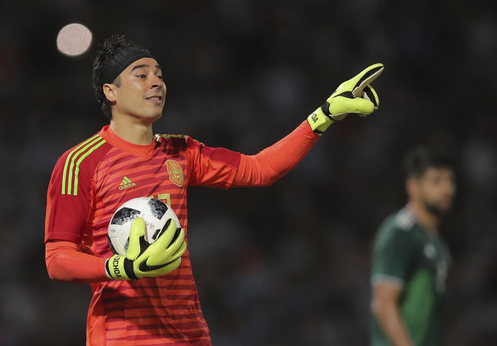 Ochoa urge a elegir técnico