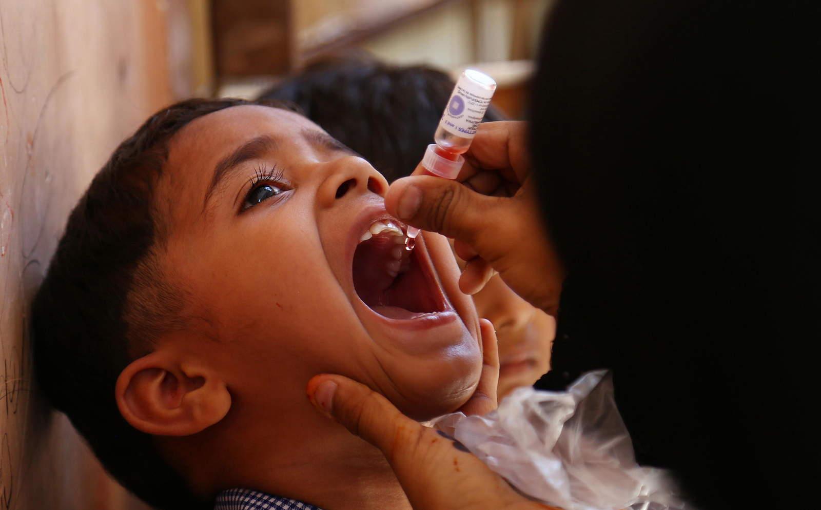 Vacunas, efectivas contra poliomielitis