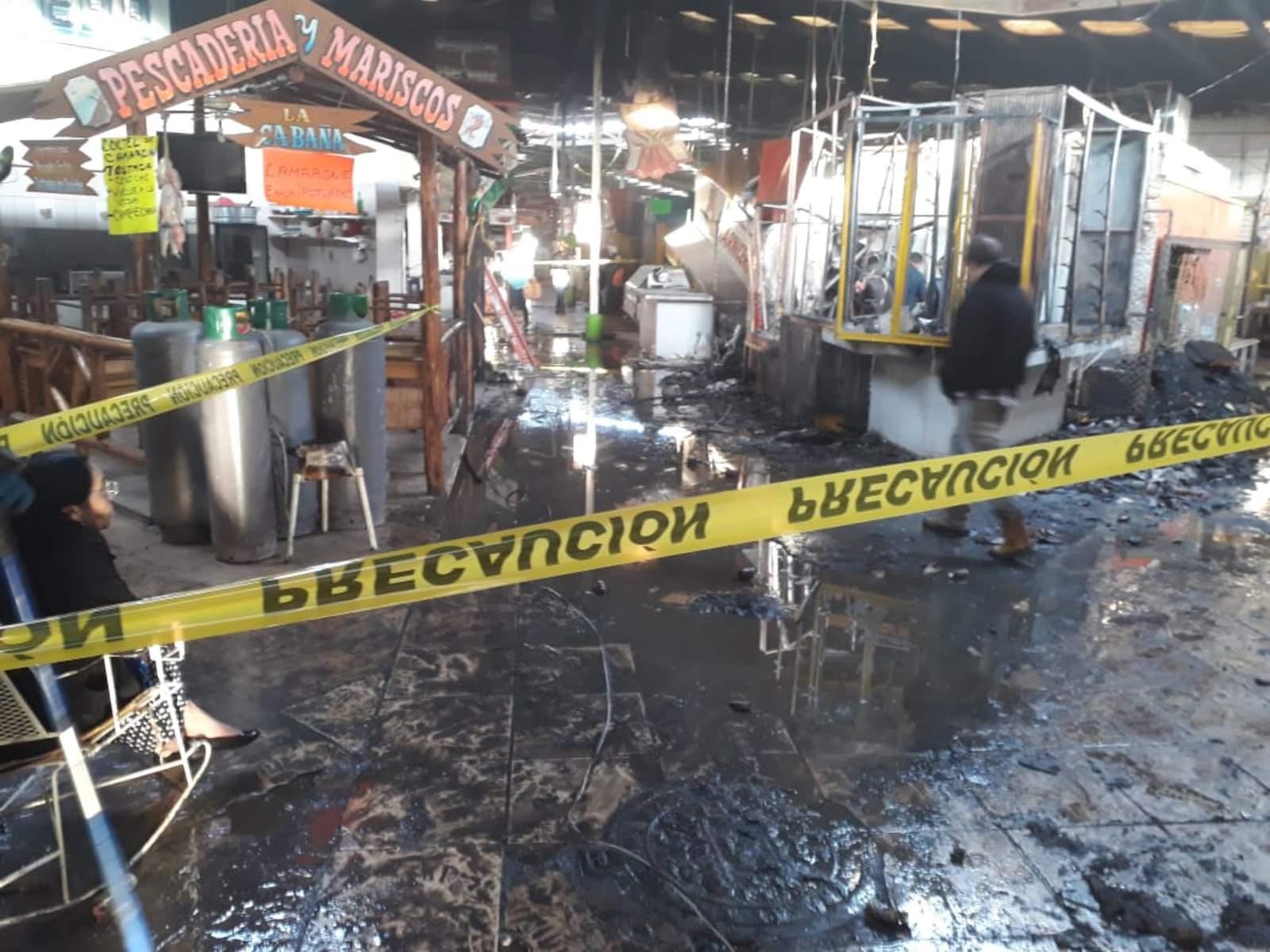 Se registra incendio en mercado de San Pedro
