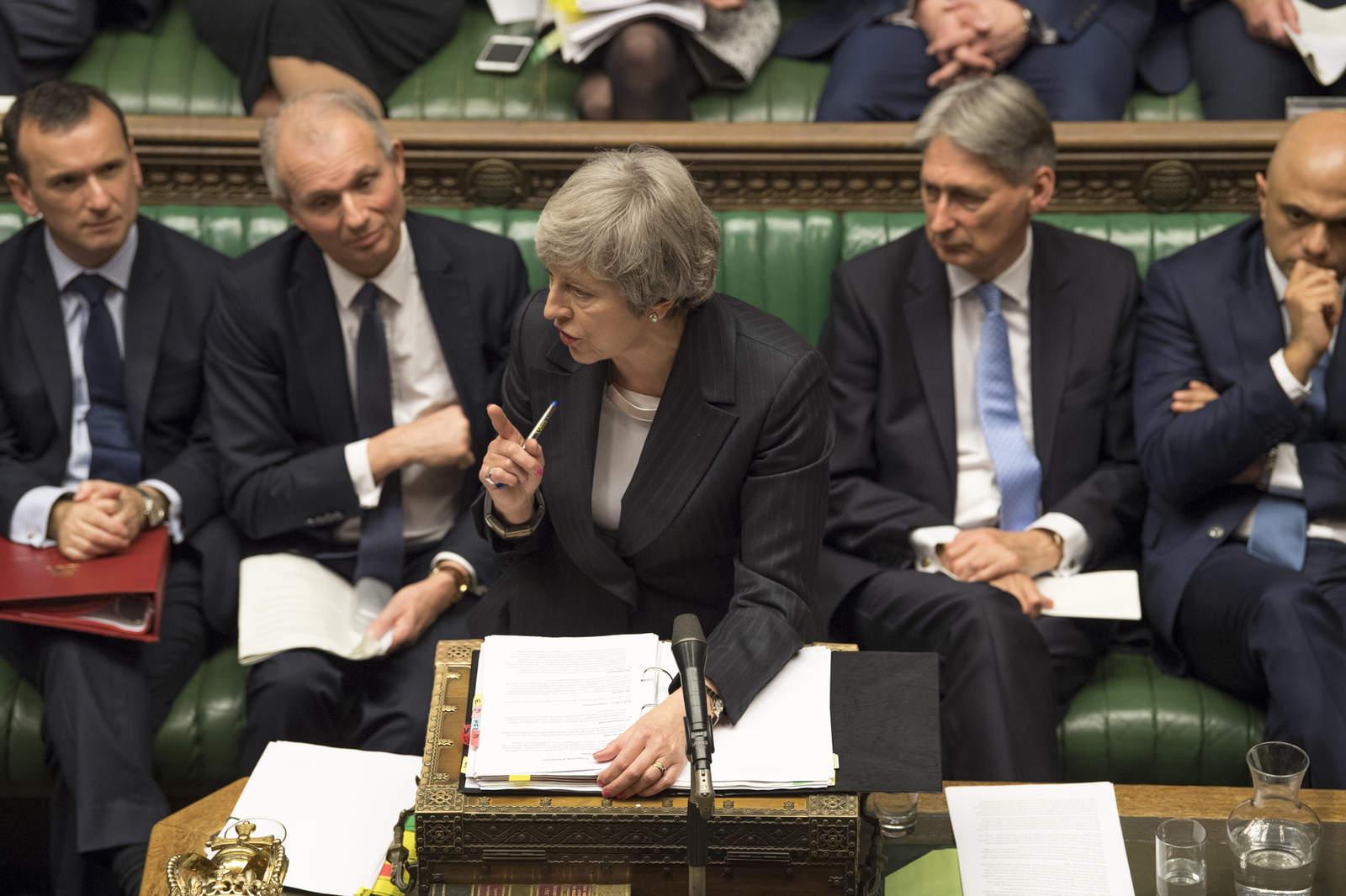 May podría dejar que el Parlamento decida salvaguarda al