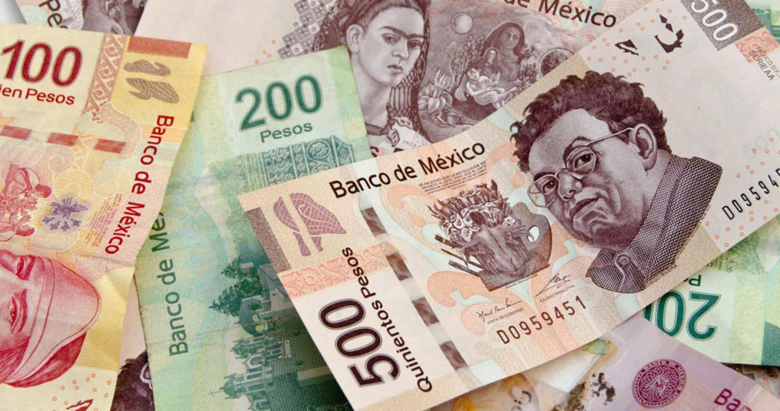 Gobierno interpone primera denuncia por lavado de dinero