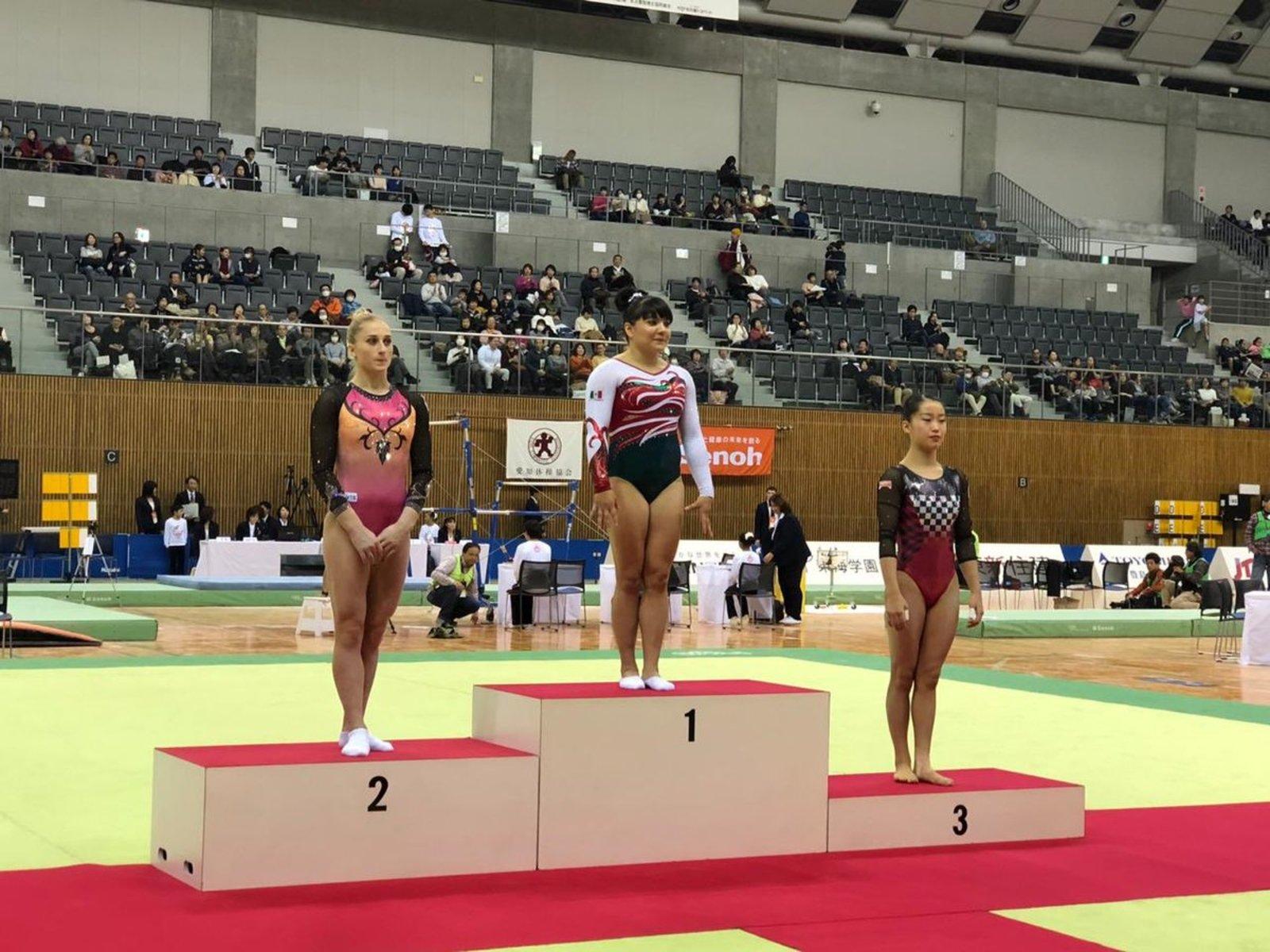 Alexa Moreno gana oro en Copa de Gimnasia