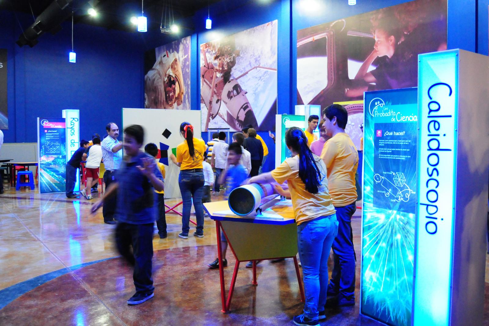 Abierto. El planetarium Torreón ofrecerá programa especial por el próximo eclipse lunar de enero. (CORTESÍA)