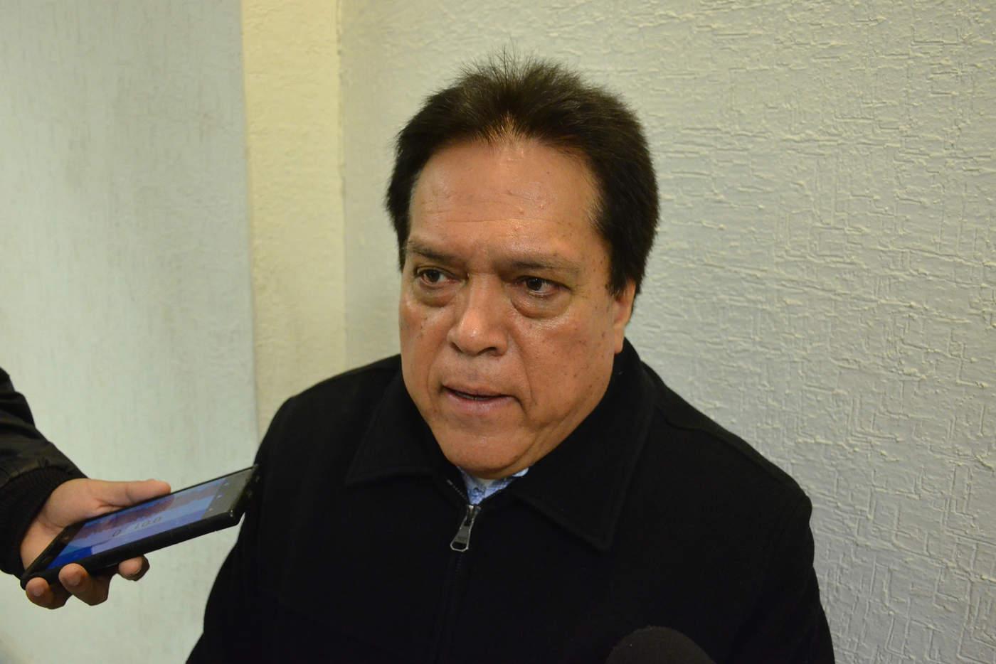 El fiscal Gerardo Márquez desmintió la versión que circuló en redes sociales sorbe una presunta detención por la muerte de empresario lagunero. (ARCHIVO)