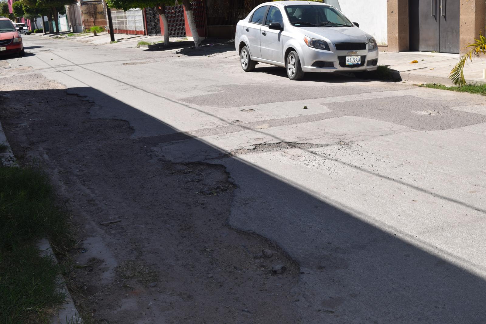Autoridades municipales están a la espera de que se liberen recursos para pavimentación de calles; se aspira contar con 140 millones de pesos.