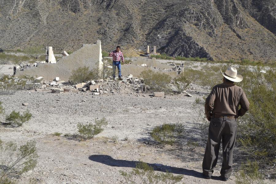 Del proyecto original que autorizó el presidente Luis Echeverría Álvarez para la construcción del nuevo ejido, sólo quedan las ruinas.