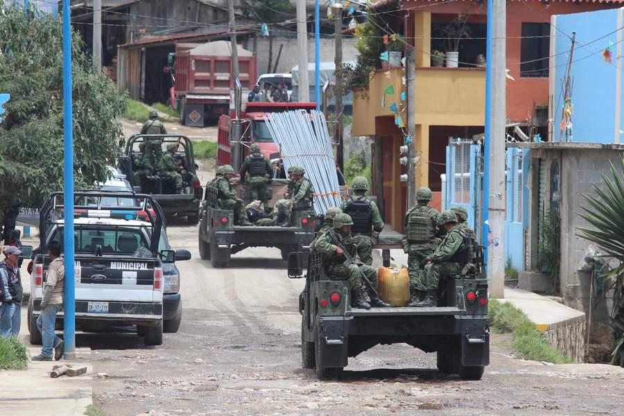 El general brigadier Eduardo León Trauwitz, exsubdirector de Salvaguardia Estratégica de Pemex, fue acusado ante tribunales por la Fiscalía General de la República (FGR) por presunto robo de combustible. (ARCHIVO)