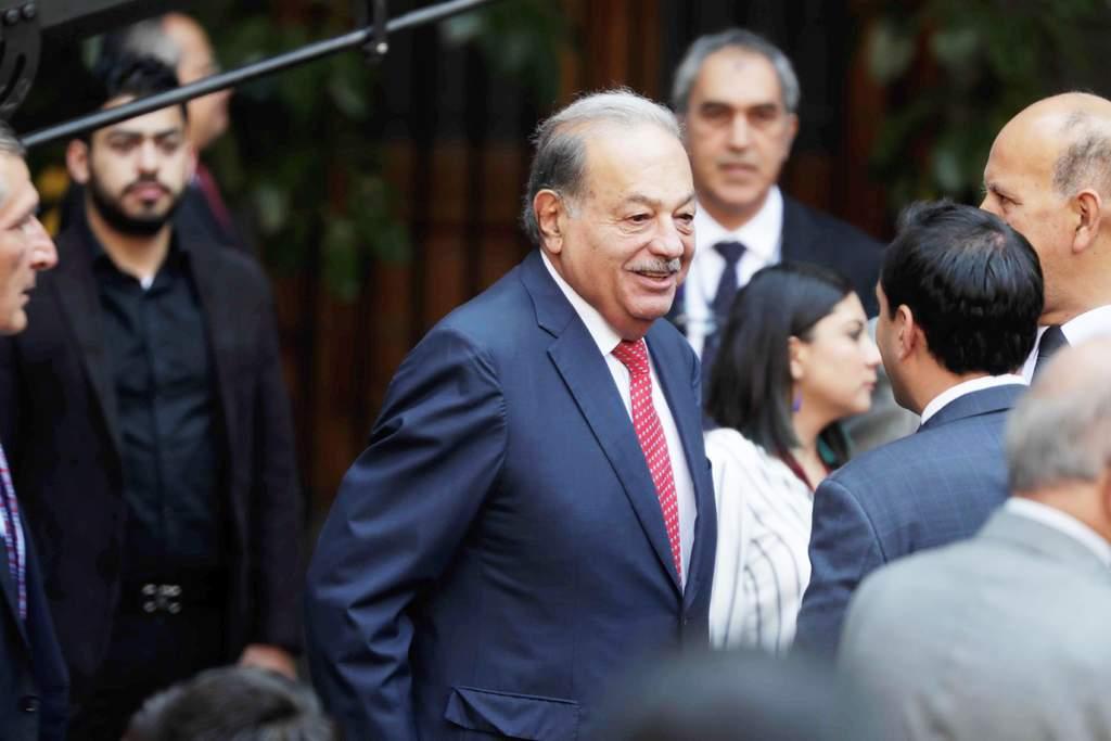 Carlos Slim planearía retirarse de la actividad empresarial. (ESPECIAL)