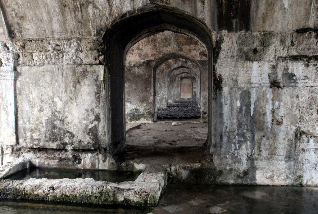 El recinto. Sirvió como cárcel de presos políticos a lo largo de la historia, pero también en dos ocasiones como sede de la presidencia de la república. (ARCHIVO)