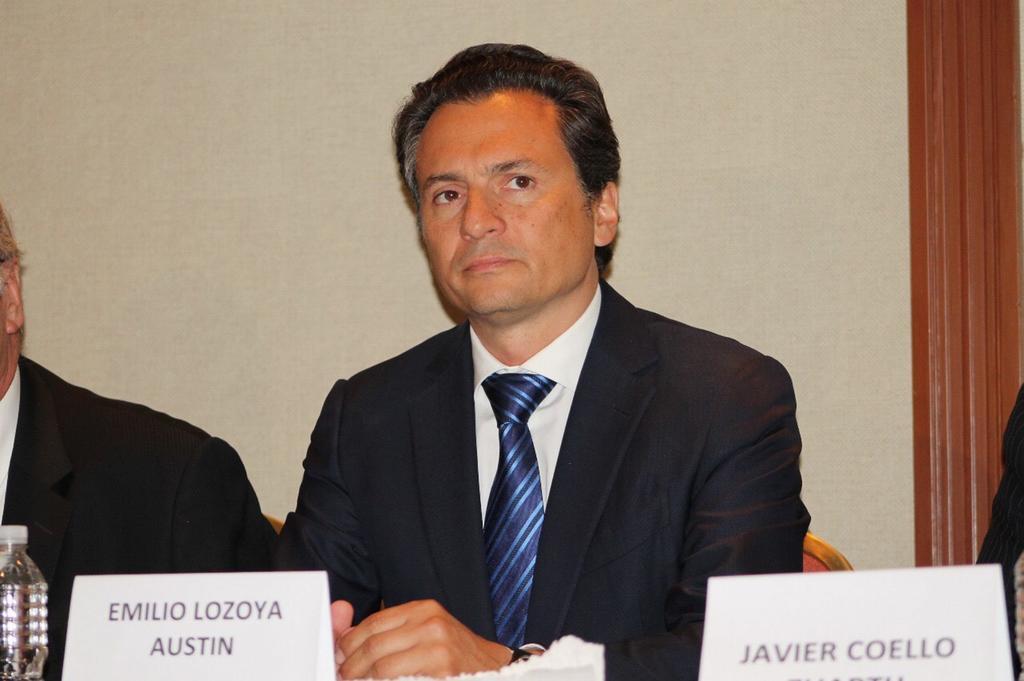 Fuentes del gobierno confirmaron a EL UNIVERSAL que uno de los funcionarios sancionados por la Secretaría de la Función Pública (SFP) es Emilio Lozoya Austin, exdirector general de Pemex, quien fue inhabilitado por 10 años del servicio público. (ARCHIVO)
