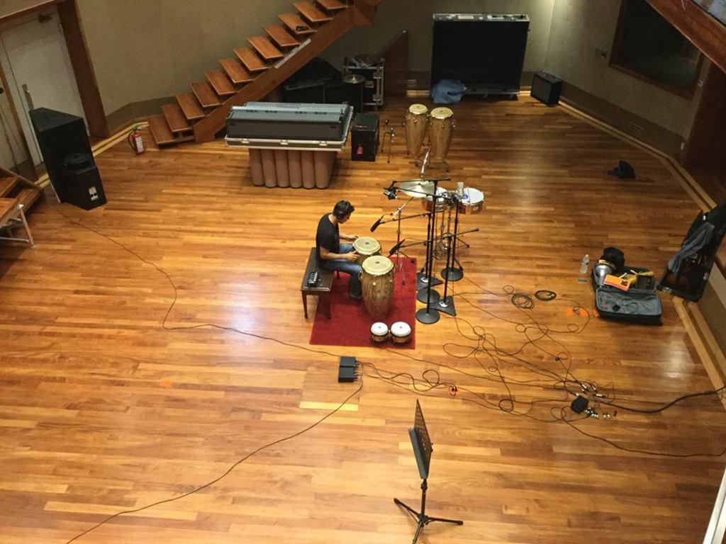 Aprendizaje. Diego Iván Escajeda Urrutia comenzó sus estudios musicales en Morelia, luego viajó a Venezuela a seguir aprendiendo.