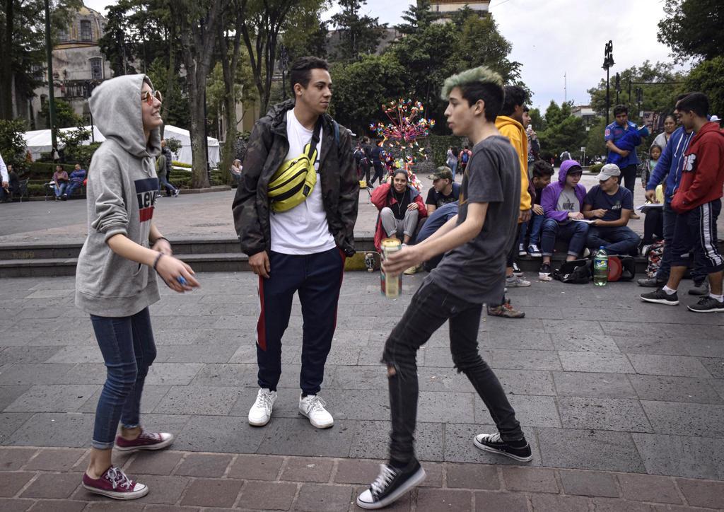 Uno de cada cuatro adolescentes en México está en riesgo de padecer depresión alguna vez en su vida, o ya ha pasado por trastornos psicológicos debido al consumo de sustancias psicoativas, alertó este miércoles una especialista. (ARCHIVO)