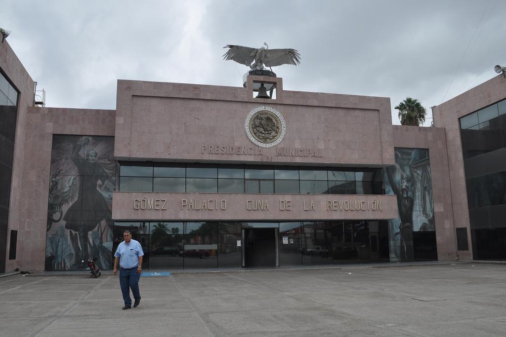 El proceso de entrega-recepción en el Ayuntamiento de Gómez Palacio tiene un 40 por ciento de avance, se espera terminar en este mes.