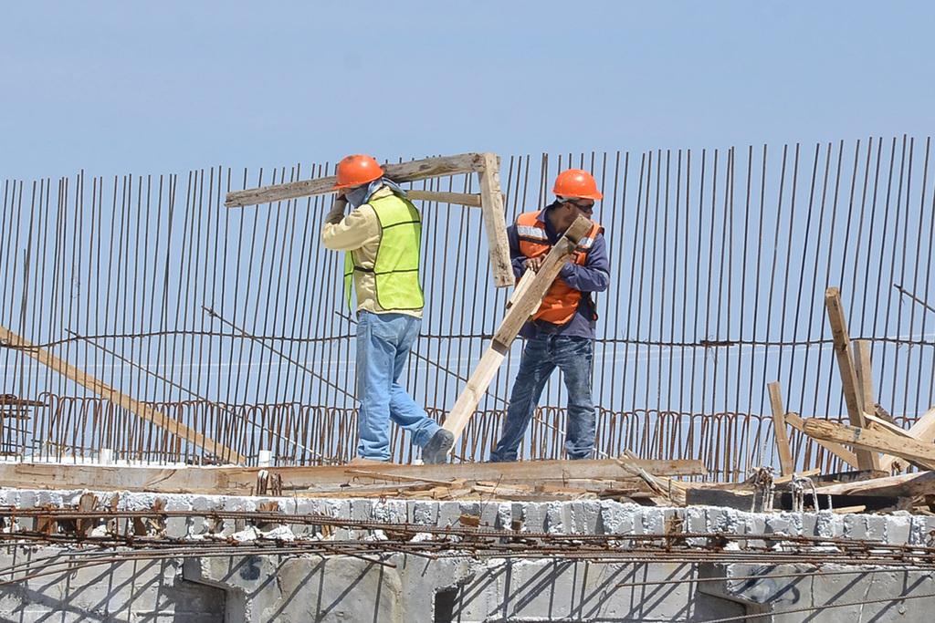 Para la industria de la construcción, la situación se agrava por la reducción al Paquete Económico.
