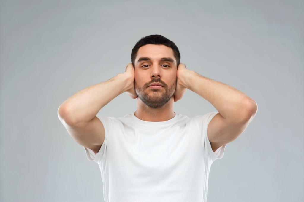 Científicos de la Universidad de Ginebra estudiarán las zonas cerebrales que son estimuladas por ruidos como los de una alarma o un grito para prevenir el alzheimer, el autismo o la esquizofrenia. (ARCHIVO)
